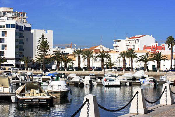 Faro marina.jpg
