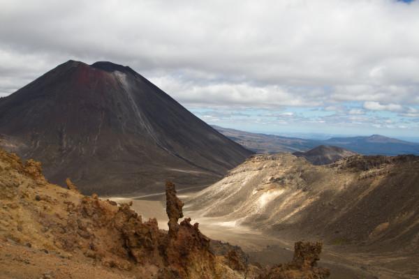Tongariro Ngauruhoe and Tongariro summits-4003